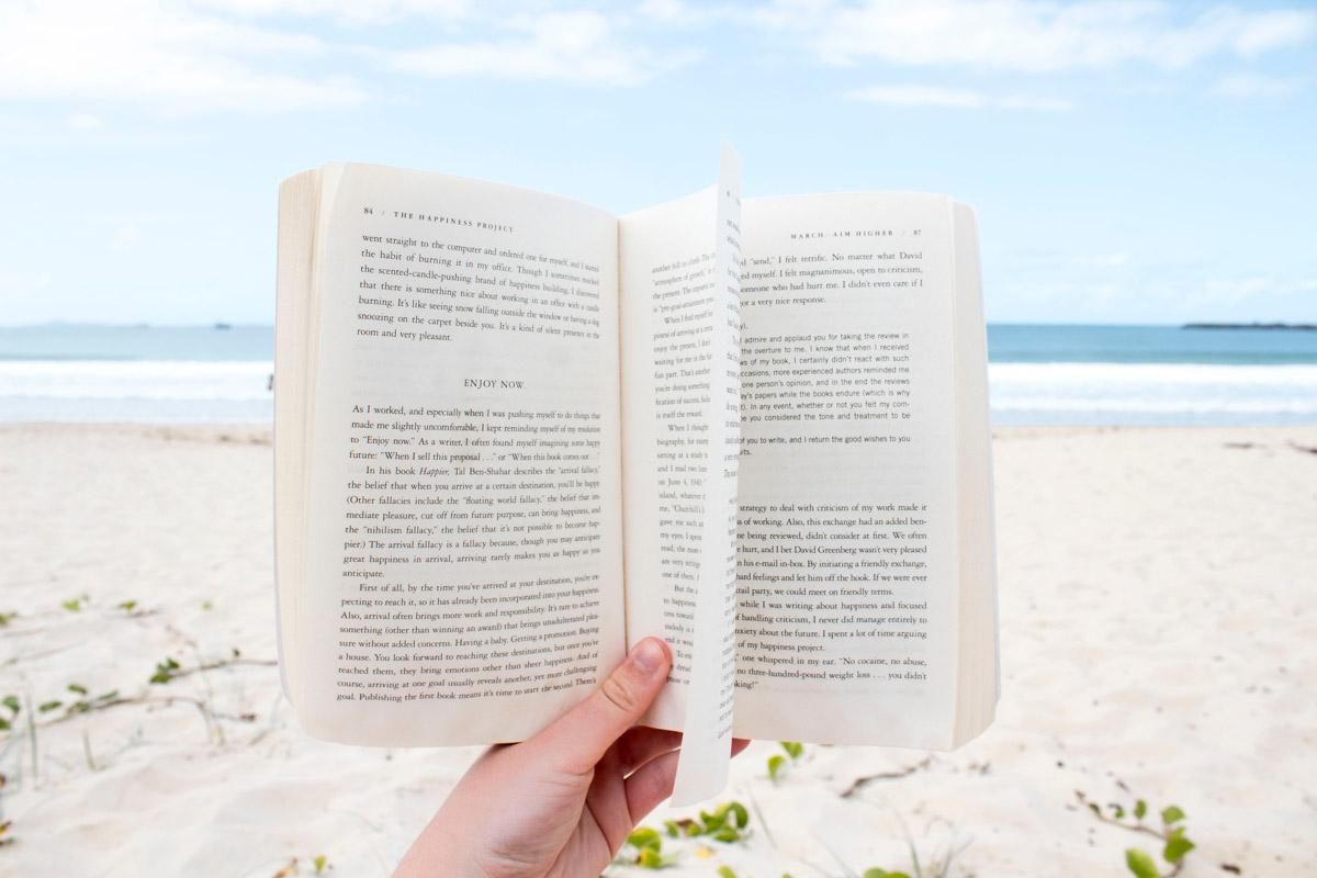 book on the beach inspirational sayings