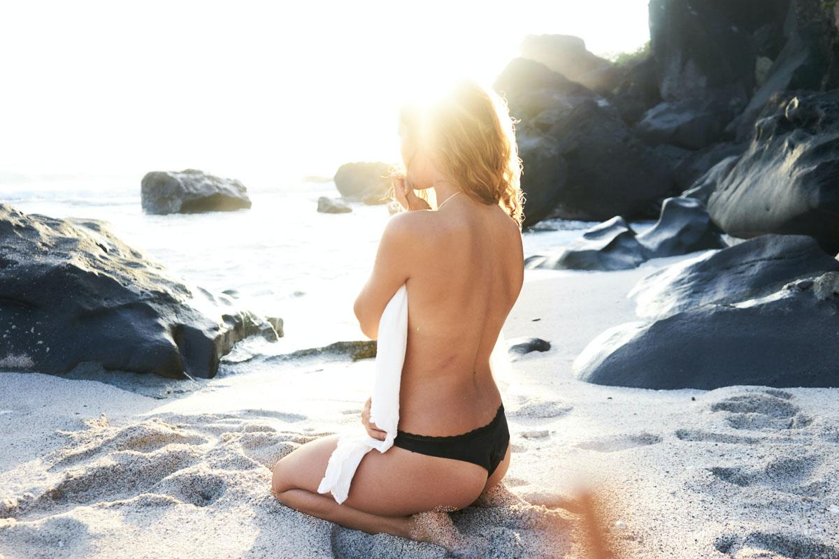girl living her best beach life captions and life and beach quotes